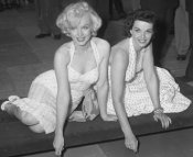Marilyn-monroe-and-jane-russell